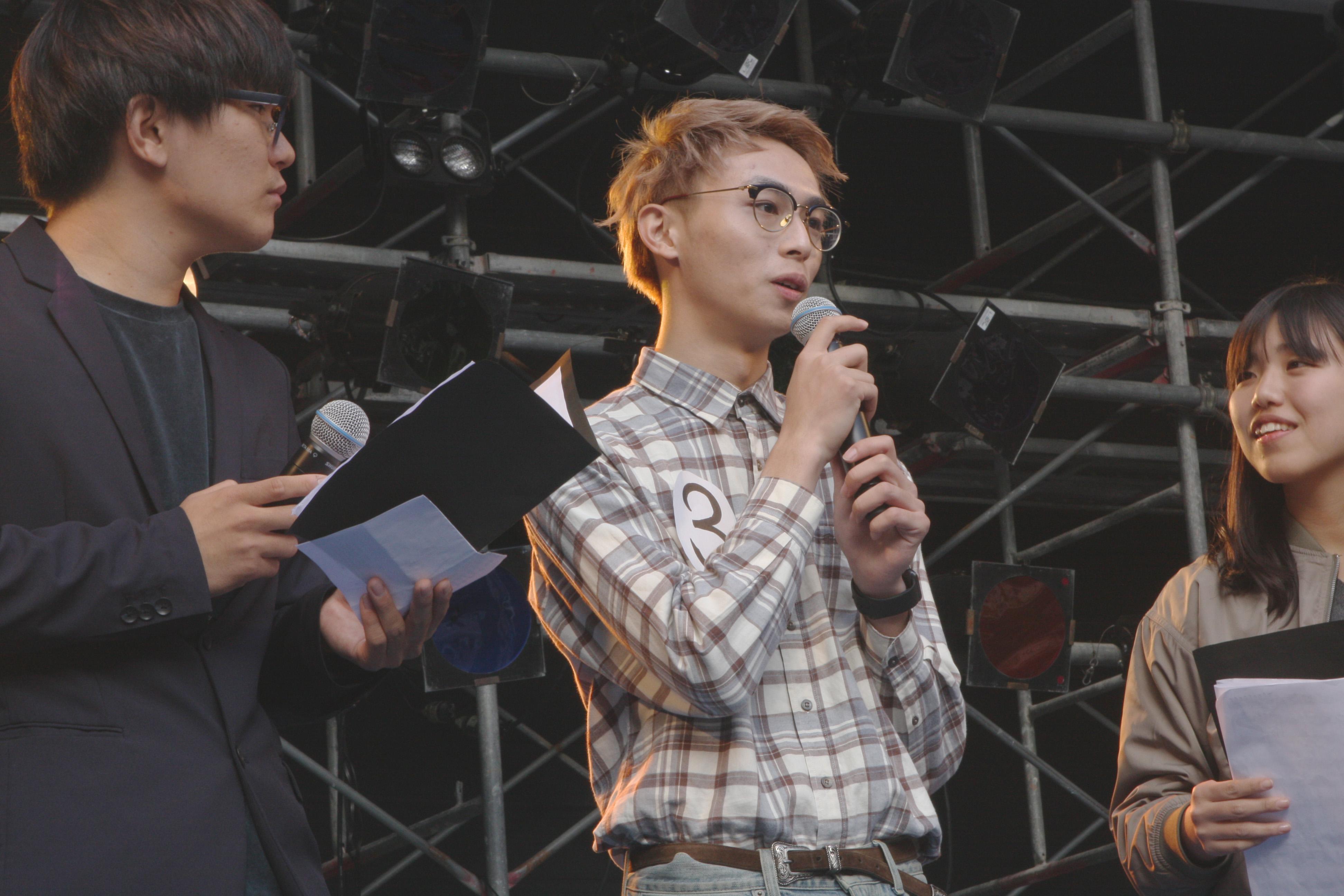 陳泰山さん(中央)(撮影=南圭紀)