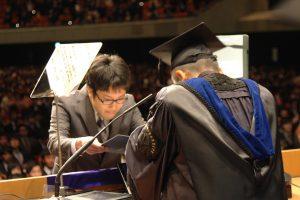 博士学位記を授与される大学院生代表