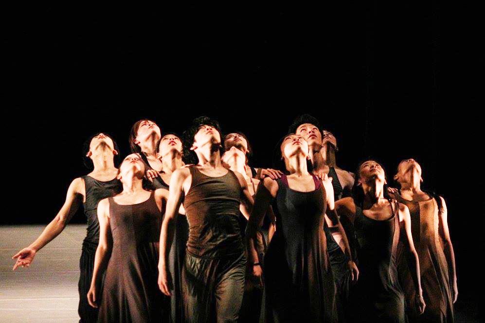 【11・12月号】舞踊 台湾で公演 9人で踊り切る