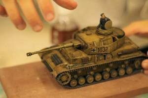 戦車のプラモデルは塗装にこだわりをみせる