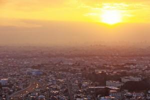 展望台から見た日の出。仁川や関学大も見える